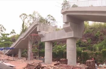 河职院人行天桥建设进展顺利 预计7月底全面完工
